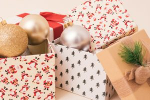 image of boxes symbolizing top holiday moving tips